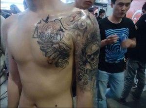 kinezos-elliniko-tatouaz