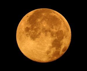 full-moon-1920x1440_pixabay